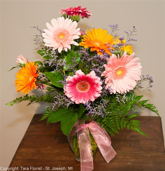 Gerbera - 10 Assorted Bouquet with Greens